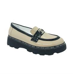 Туфли для девочки, цвет бежевый, оформлены бляшкой