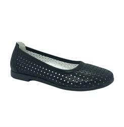 Туфли для девочки, цвет черный, перфорация, небольшой каблук