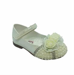 Туфли для девочки, цвет бежевый, с декоративными стразами и цветком