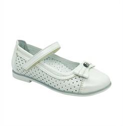 Туфли для девочки, цвет белый, ремешок на липучке, перфорация