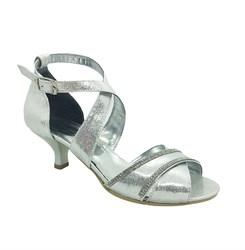 Туфли для девочки, цвет серебристый, с крученым ремешком
