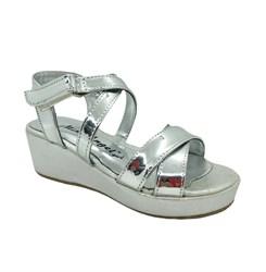 Туфли для девочки, цвет серебристый, на липучке